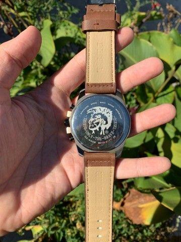 Relógios Diesel Couro (Novos Anápolis) - Foto 2