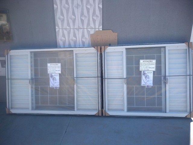 2 Janela DHP finale com vidro e pintada  - Foto 3