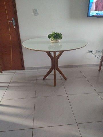 Mesa de madeira nova!