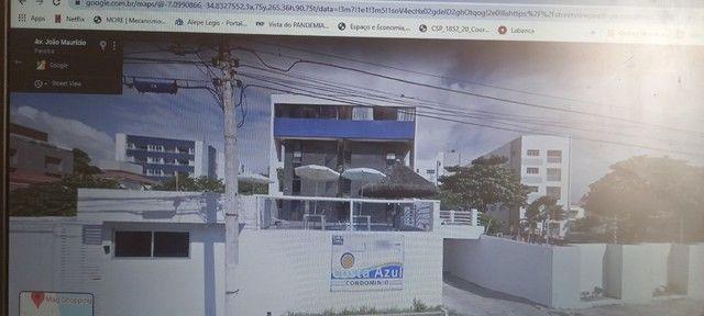 Alugo apartamento beira-mar em João Pessoa.
