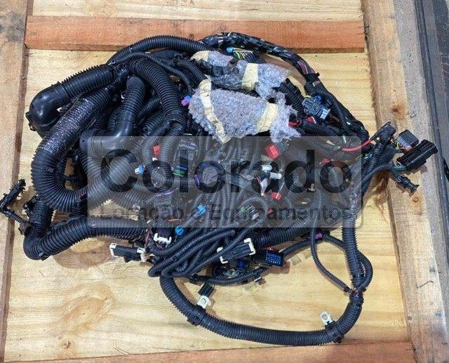 Chicote chassis-RE335826 | John Deere | Trator  8235R/8260R/8285R/8310R/8335R/8360R - Foto 3