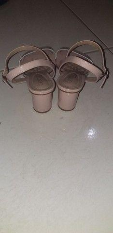 Sandalinha de saltinho - Foto 3