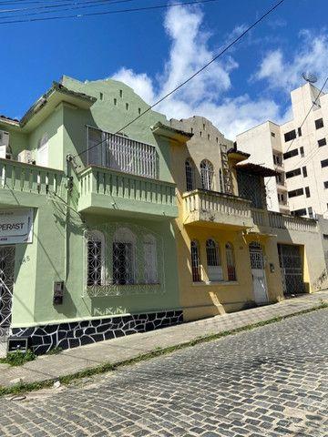 Alugo casa casarão serve p comercio ou moradia - Foto 7