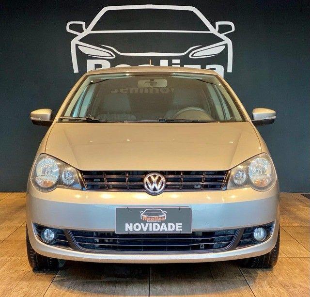 Volkswagen Polo 1.6 Mi 8v Flex 4p Manual ano 2014 - Foto 3