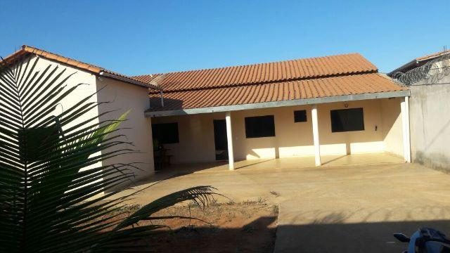 Casa em Varzea da Palma MG, situada na Rua Barbacena 629 centro