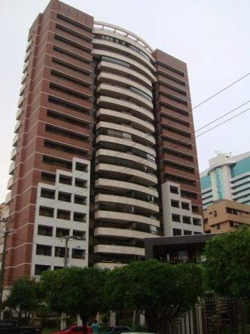 Ed Lucca apartamento amplo e ventilado com localização privilegiada