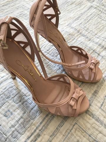 8b5baf9cd9 Vendo sapato de salto tamanho 35 - Roupas e calçados - Aeroclube ...