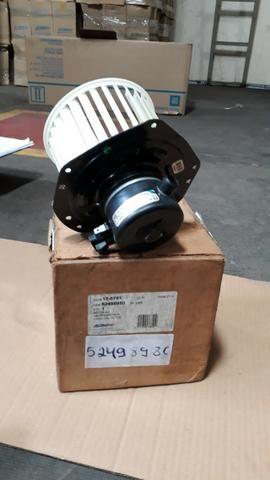 52498980 Motor elétrico com ventoinha S10 - Foto 2