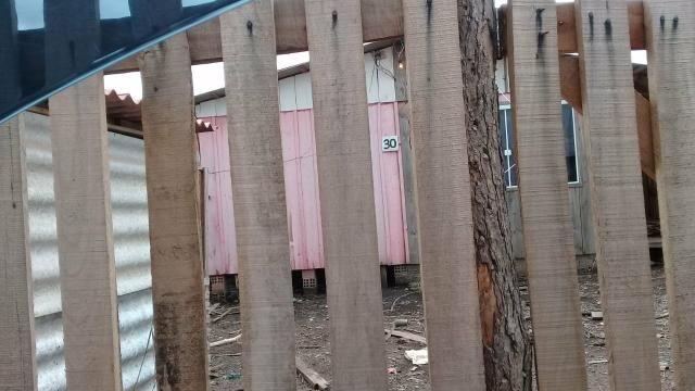 Vendo ou troca casa de madeira em araucária