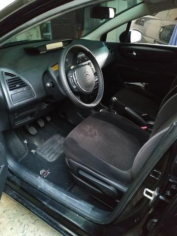 Citroen C4 hatch GLX, motor 1.6 16V, 2011, câmbio manual - Foto 7