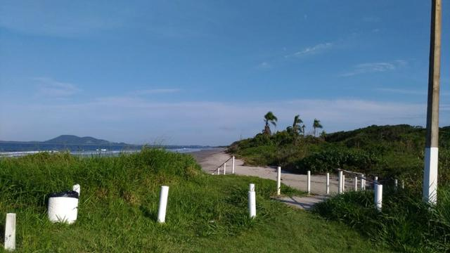 Terreno Frente pro mar em Itapoá para construir,menor preço na beira mar de toda Itapoá - Foto 5