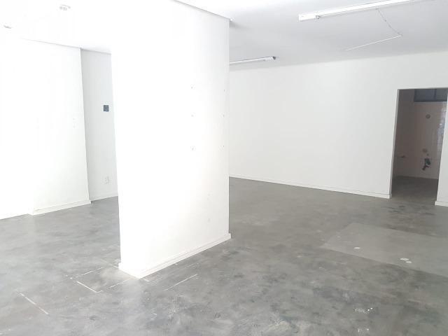 Sala comercial no Centro de Balneário! - Foto 7