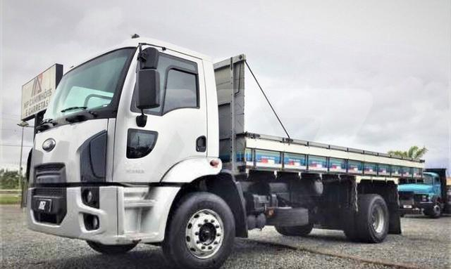 Ford Cargo 1519 ano 2013 R$112.300,00 - Foto 4