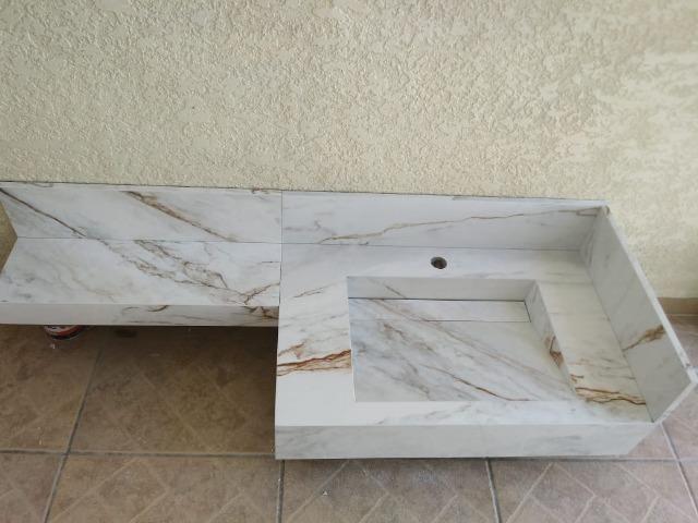 Pias de porcelanatos, bancadas e Lavatórios - Foto 2