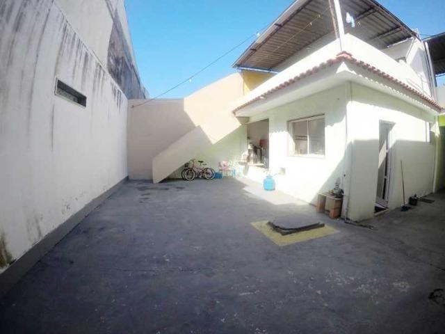 Otima casa com 2 quartos + 3 vagas + Terraço - Foto 3