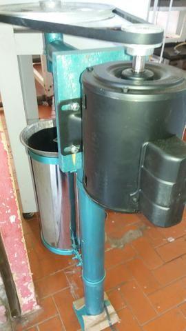 Maquina de despolpar Juçara