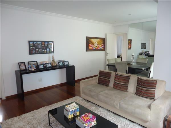 Ótimo Apartamento 3 quartos, prédio revestido, elevador,2 vagas - B.Buritis