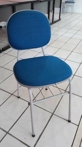 Cadeiras Estudante ótimo estado de uso - Foto 2