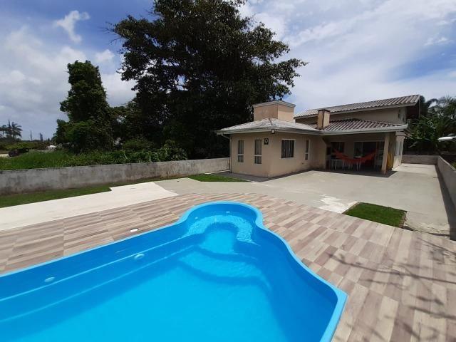 Casa na praia de Itapoá SC a 300 metros do mar