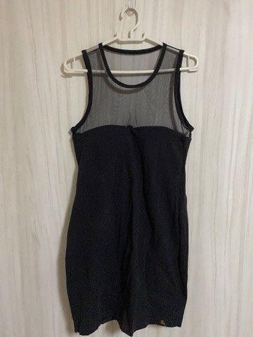 Vestido preto com bojo e tule Tam M r$30 - Foto 3