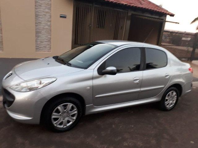 Vendo Peugeot 207 XR 1.4 Sedã Passion 2011 Flex