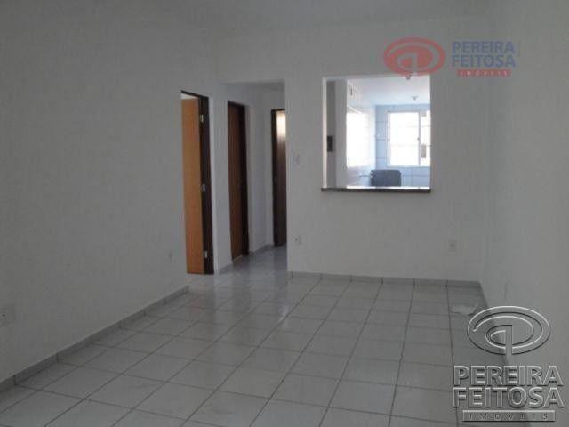 Apartamento com 2 dormitórios para alugar por R$ 950,00 - Cohama - São Luís/MA - Foto 6