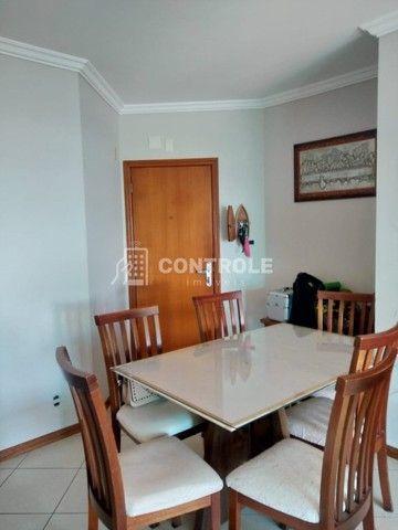 (Ri)Ótimo apartamento vista mar, 101m2 com 3 dormitórios sendo 1 suíte em Barreiros - Foto 8