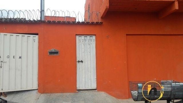 Pereira* Casa a venda no bairro Girassol.