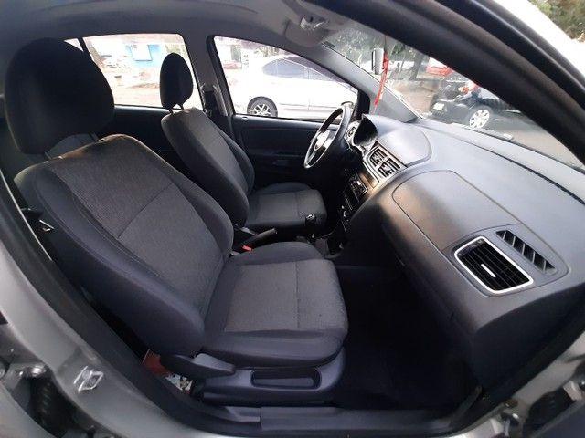 VW Fox 2013 1.0 Flex Completo Troco Carro Moto Financio - Foto 12