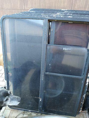 Vendo 8 Janelas, 24 poltronas de micro onibus - Foto 2