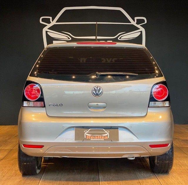 Volkswagen Polo 1.6 Mi 8v Flex 4p Manual ano 2014 - Foto 6