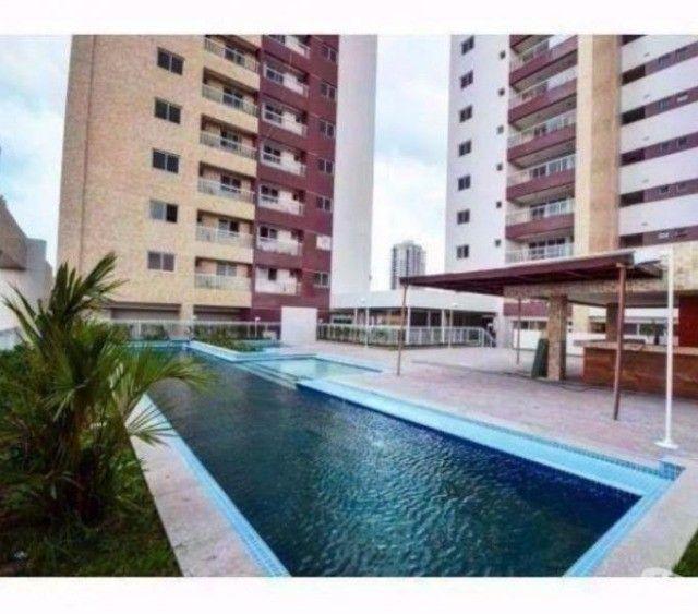 Aluga-se apartamento com 3 suítes, varanda com ótima vista para Baía do Guajará