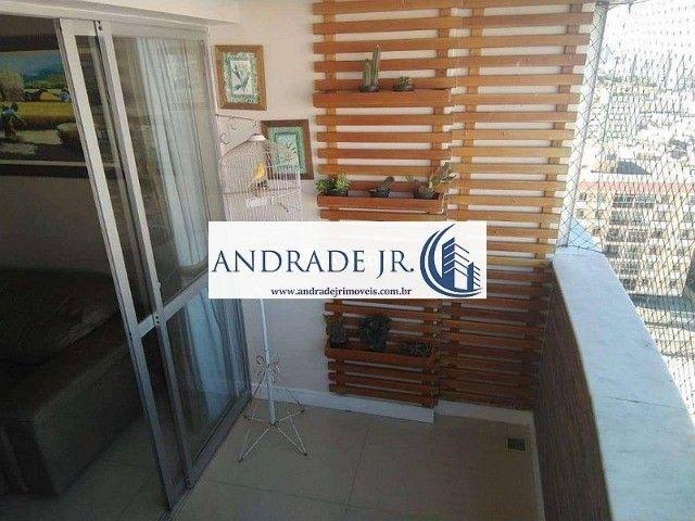 Apartamento nascente, ventilado e reformado no bairro de Fátima em ótima localização - Foto 4