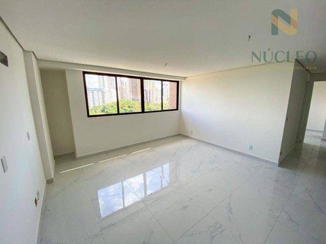 Apartamento com 2 dormitórios à venda, 59 m² por R$ 360.000 - Cabo Branco - João Pessoa/PB