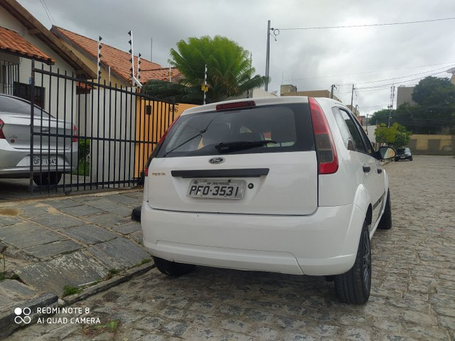 Fiesta 1.0 Rocam para pessoas exigentes!!! - Foto 4