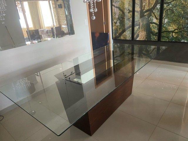 Vendo mesa de vidro com base de madeira  - Foto 5