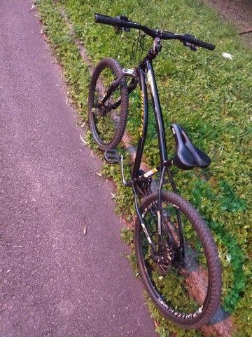 Troco Bicicleta + aparelho de som  - Foto 2