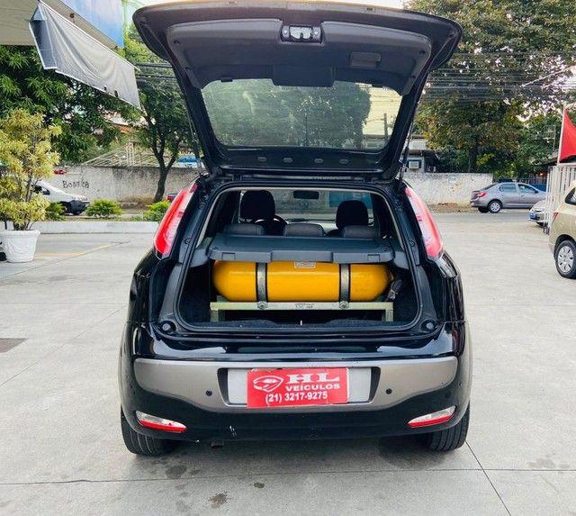 Fiat Punto 1.6 16v essence 2013 c/ gnv de 5 geraçao. - Foto 6