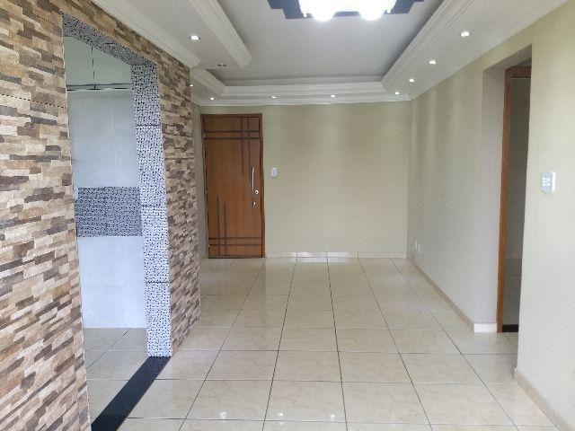 Apartamento de Canto Vista Livre Reformado Aceita FGTS e Financiamiento
