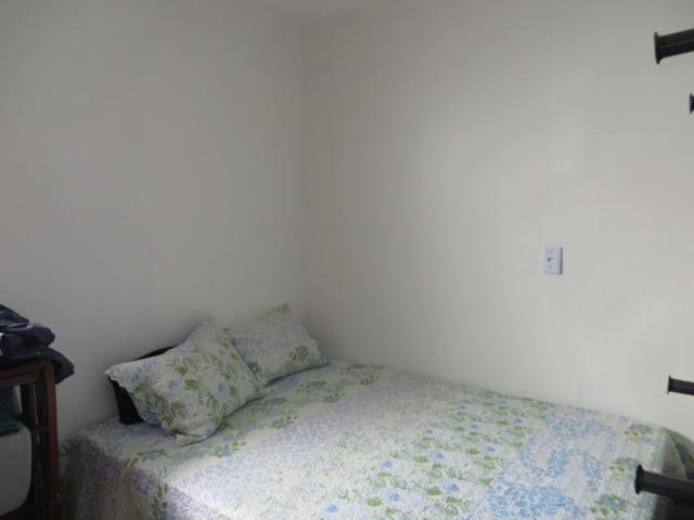 Vendo casa 3 quartos, uma suíte com churrasqueira. Estudo troca apartamento 3 quartos - Foto 10