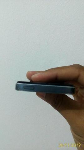 Vendo um iPhone 5 leia com atenção - Foto 3