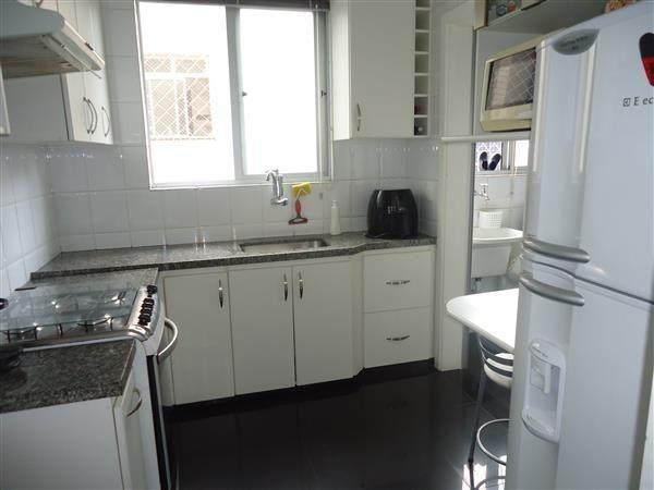 Ótimo Apartamento 3 quartos, prédio revestido, elevador,2 vagas - B.Buritis - Foto 15