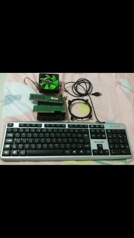 Processador universal, memória 2gb, teclado e placa de rede