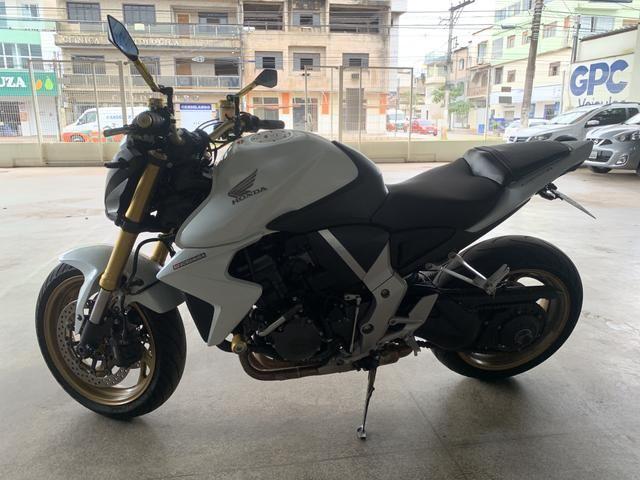 Honda CB1000r 15/15 com 11.950km - Foto 4