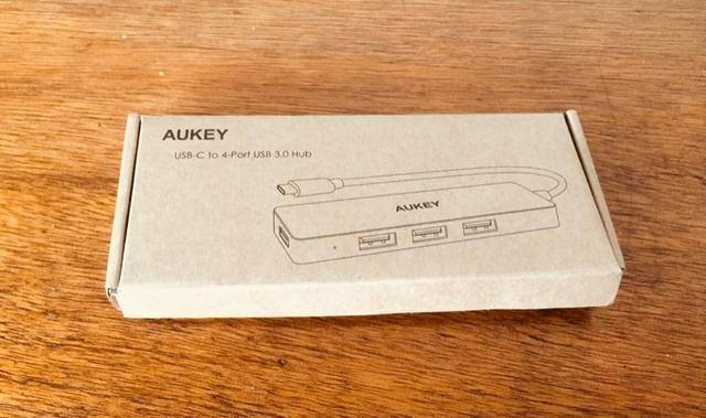 Adaptador Hub USB-C Aukey CB-C64 MacBook Pro - 4 portas USB 3.0 - Foto 4