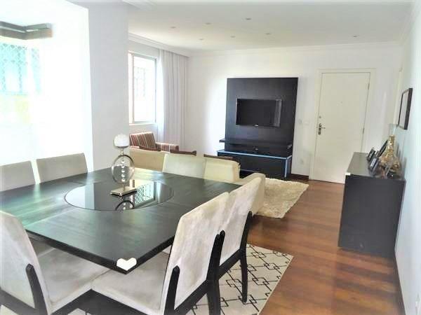 Ótimo Apartamento 3 quartos, prédio revestido, elevador,2 vagas - B.Buritis - Foto 2