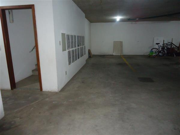 Ótimo Apartamento 3 quartos, prédio revestido, elevador,2 vagas - B.Buritis - Foto 18