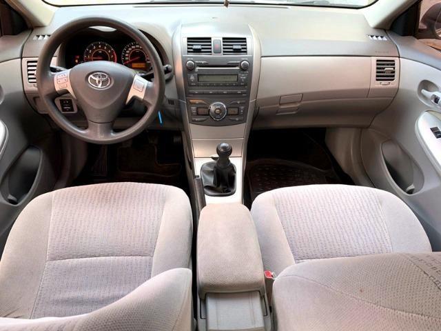 Toyota Corolla 1.8 GLi 10/10 Mecânico Completão, Só de Brasília, Chave Reserva e Manual - Foto 10