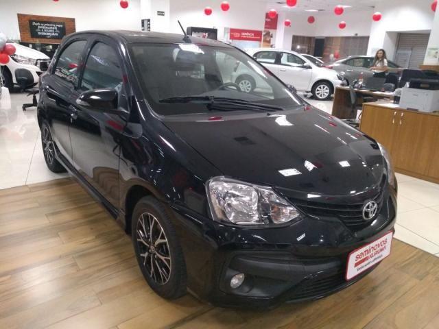 Toyota etios 1.5 platinum 16v flex 4p automatico - Foto 2