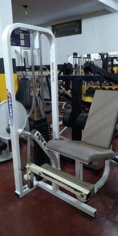 Maquinas de musculação usadas e um climatizador Clima Brisa - Foto 4